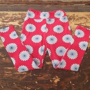 Little girls LulaRoe size S/M leggings.